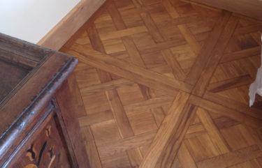 Versailles oak panel