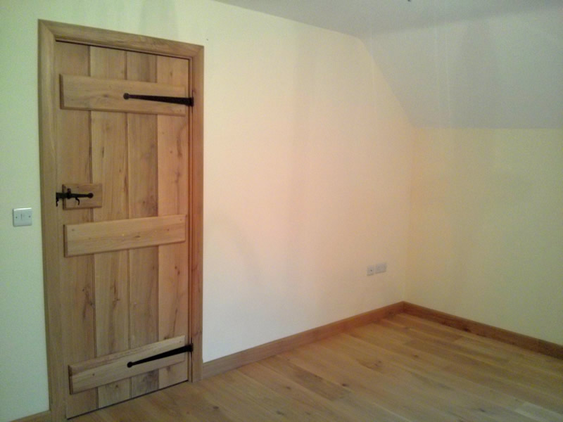 Pencil Bead Doors Oak Flooring Man
